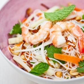 Vietnamský nudlový salát aneb Rozbalené Summerrolls