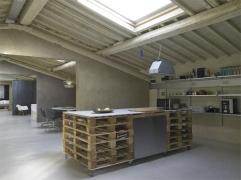 Pallets-Loft-01-1-Kind-Design