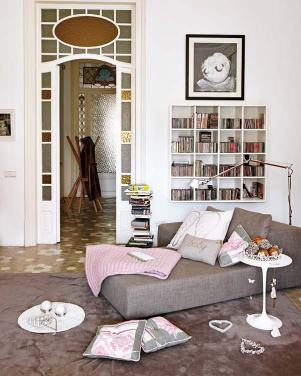 byt s růžovým akcentem